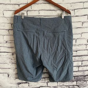 Abbot + Main Quick Dry Hybrid Shorts SZ 34